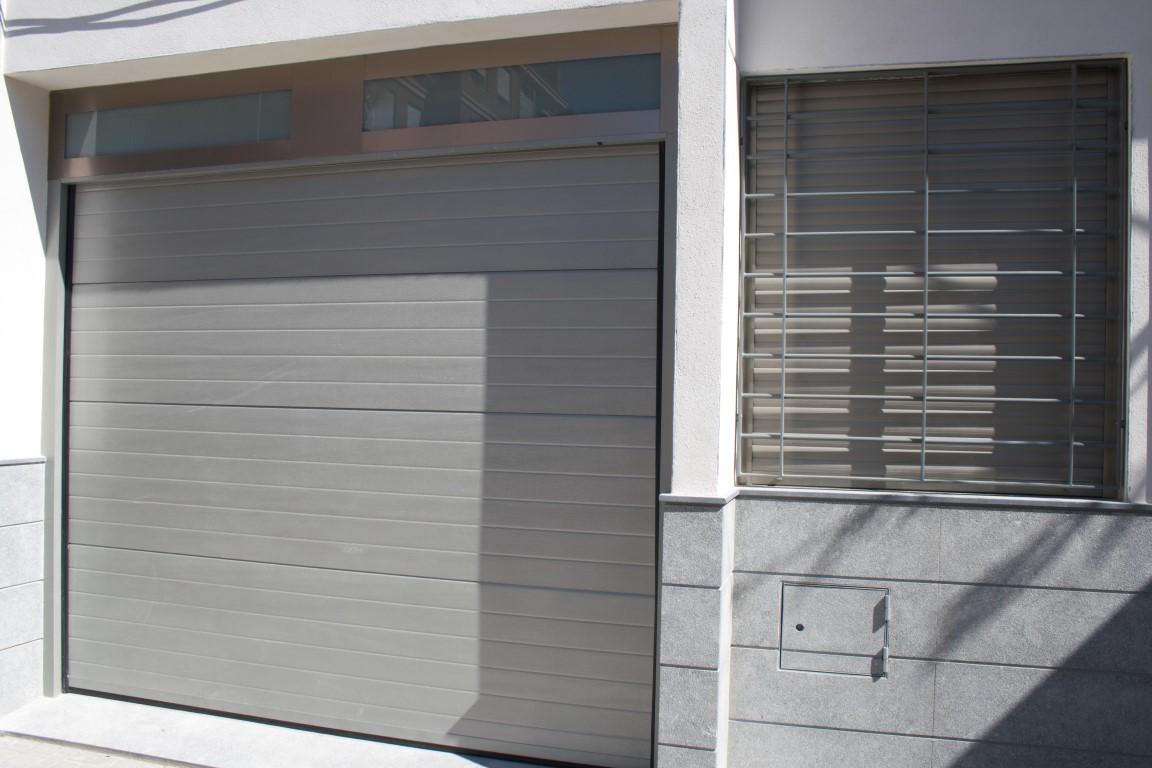 Puertas aluminios osorio carpinter a met lica for Puertas de interior metalicas